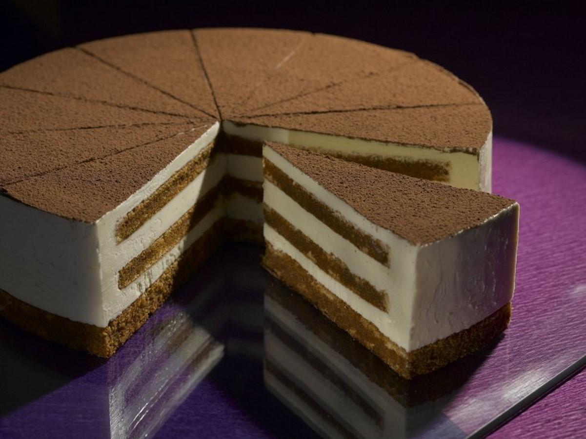 Плотный бисквит для многоярусного торта рецепт пошагово