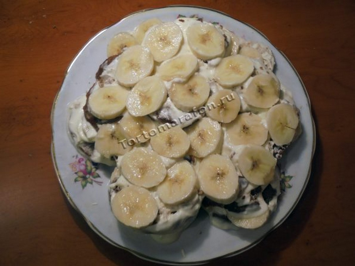 торт с бананами и пряниками