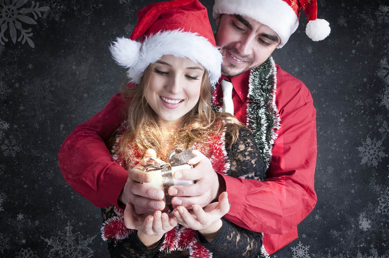 Что подарить на Новый год 2017 девушке или подруге? Идеи новогодних подарков для женщин