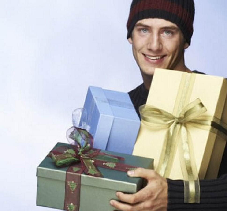 Что из подарков предпочитают мужчины 36