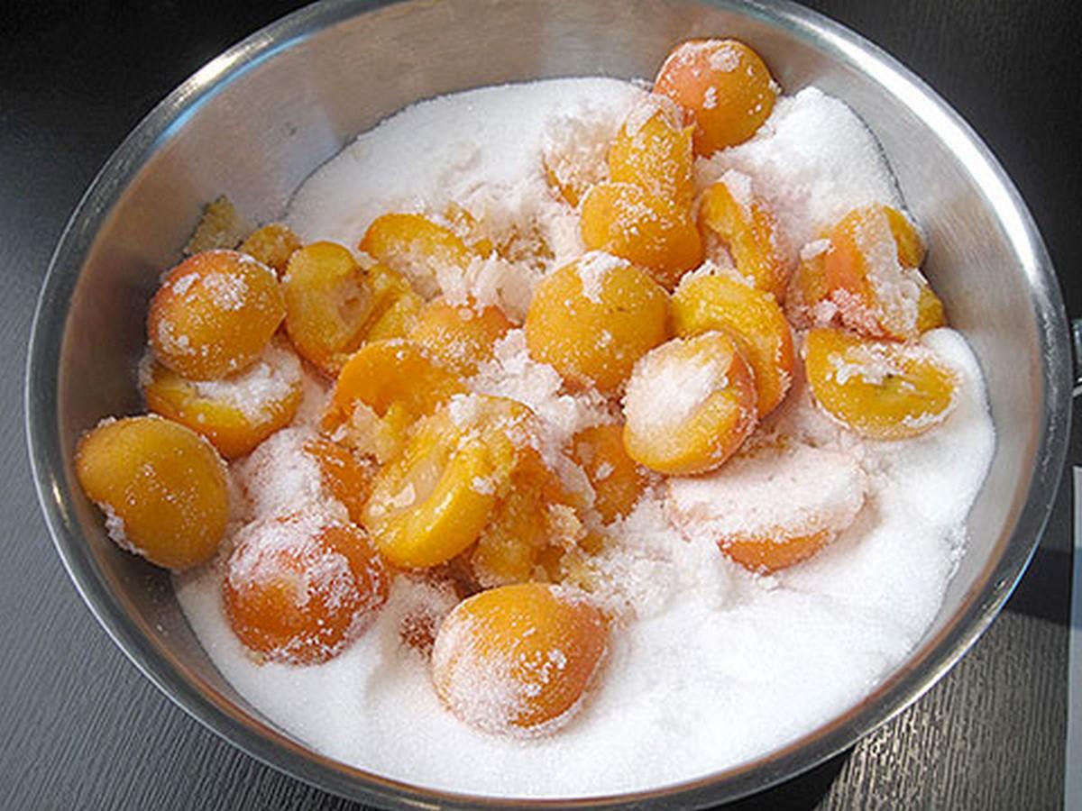варенье из абрикосов дольками