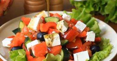 Греческий салат – ТОП-5 классических рецептов: с фетой, фетаксой илибрынзой